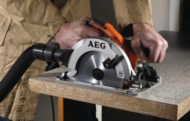 Как правильно выбрать электрическую пилу дисковую по дереву: особенности выбора, характеристики, модели