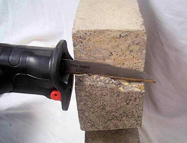 Сабельная пила по металлу: виды и способ работы, преимущества и недостатки