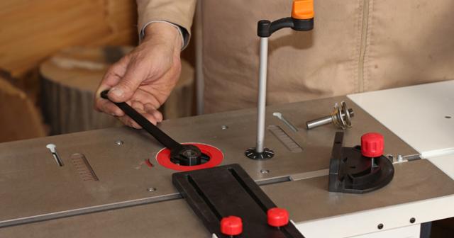 Какие могут быть поворотные столы для фрезерного станка: поворотный столик