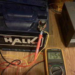 Зарядное устройство для автомобильного аккумулятора своими руками: принцип работы, простые схемы