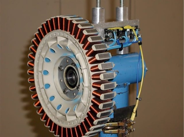 Двигатель от старой стиральной машины: его применение для самодельных приспособлений