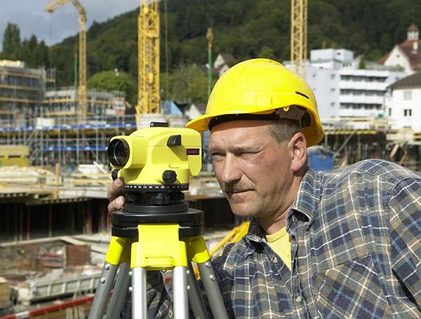 Работа с нивелиром: разновидности и использование, правила работы