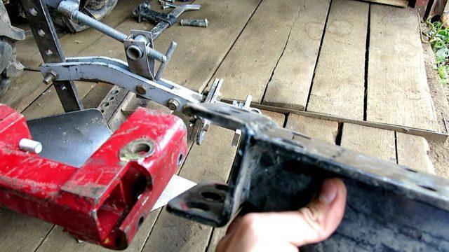 Советы по изготовлению сцепного устройства для мотоблока своими руками