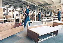 Сверлильно-присадочный станок: описание и сфера применения, значение при производстве мебели