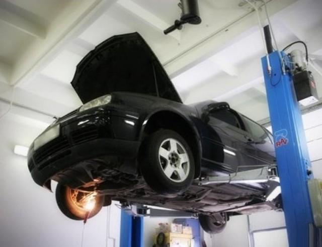 Особенности автомобильных подъемников: виды автоподъемников, критерии выбора