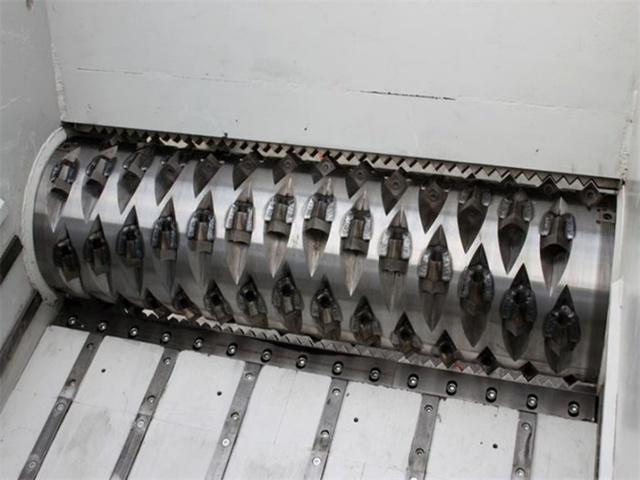 Особенности выбора шредера для пластика: разновидности, принцип работы, цена