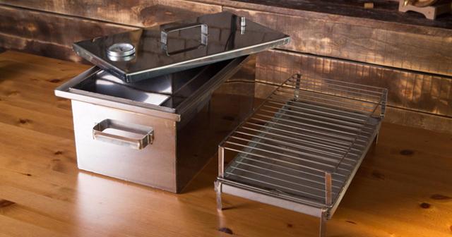 Особенности и разновидности домашней коптильни: принцип устройства и рекомендации по выбору