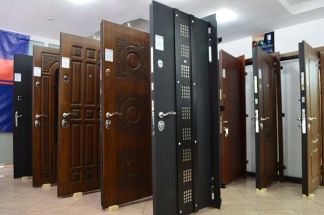 Основные этапы и особенности изготовления металлических дверей