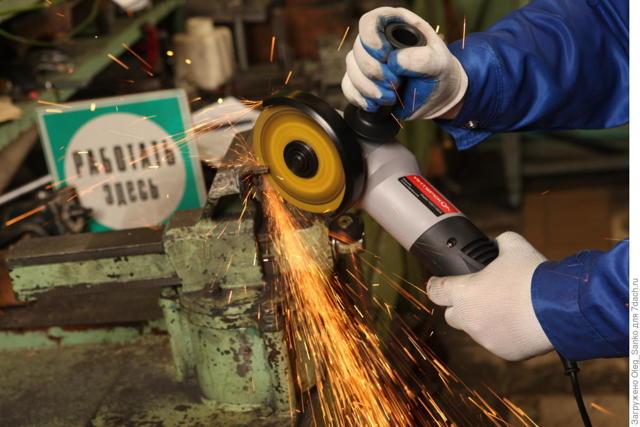Угловая шлифовальная машина: устройство, характеристики и принцип работы
