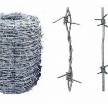 Колючая проволока: особенности, виды и изготовление, правила монтажных работ