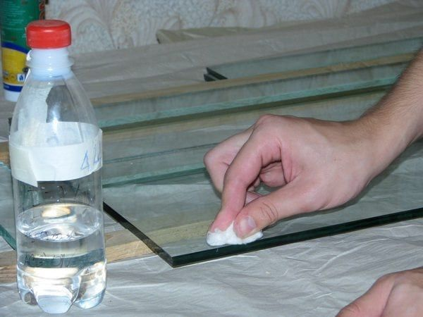 Чем лучше обезжирить металл перед покраской: виды обезжиривателей, особенности проведения процедуры