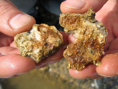 Физические свойства и температура плавления золота и его сплавов
