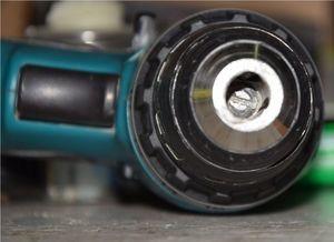 Как снять патрон с шуруповёрта: схема и виды крепления, способы замены, видео