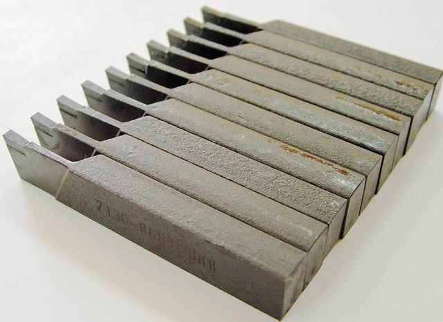 Марки и виды инструментальной стали: описание углеродистых, легированных и быстрорежущих