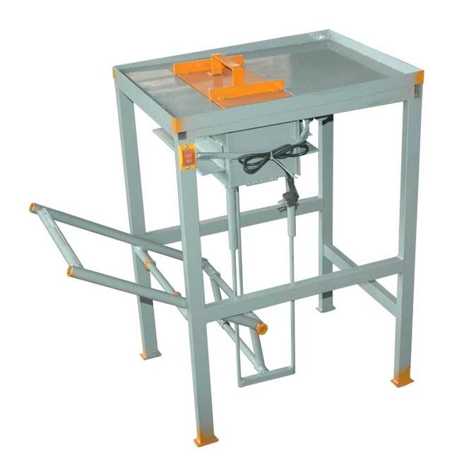 Что представляет собой станок для производства шлакоблоков: принцип работы и применение