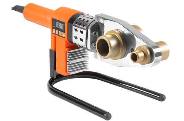 Сварочный аппарат для пайки пластиковых труб вручную: характеристики, технология использования