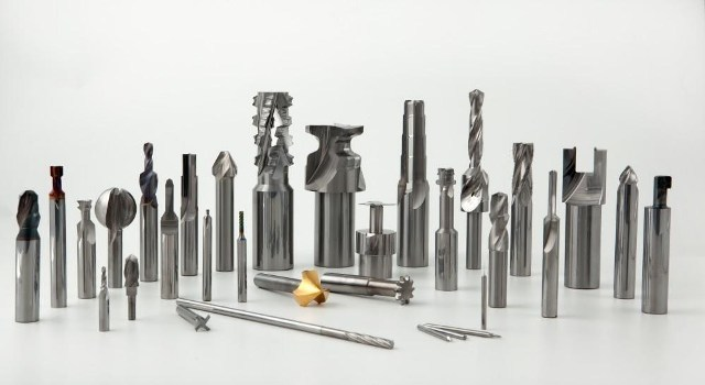 Развёртка по металлу: назначение, виды, особенности и тонкости работы
