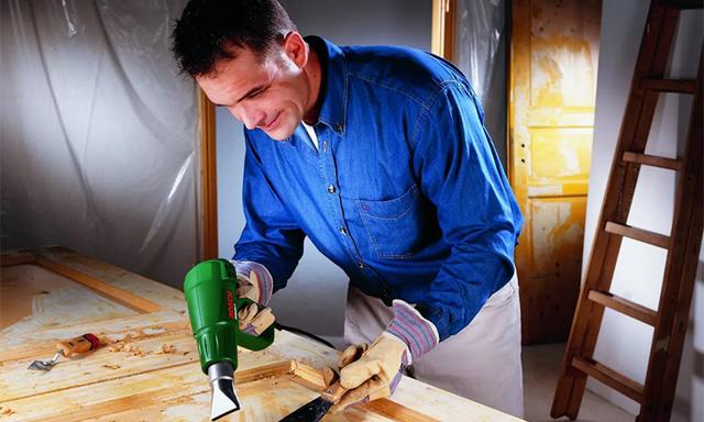 Как выбрать строительный фен: назначение, конструкция и рейтинг наиболее известных изготовителей