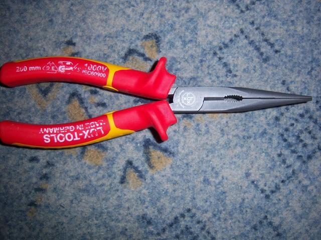 Пассатижи и плоскогубцы: в чем разница между этими инструментами
