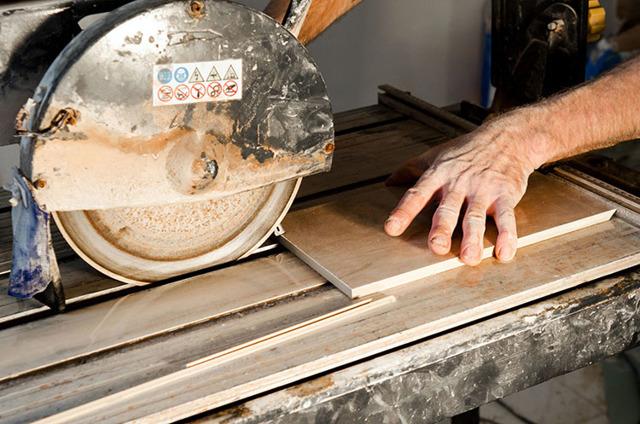 Как правильно резать плитку болгаркой: советы и рекомендации